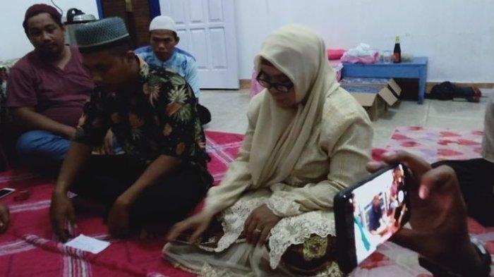 Cinta Itu Buta! PNS 53 Tahun Dinikahi Pria Tukang Servis HP, Mahar Cuma Uang Rp 173 Ribu