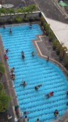 Paling Mahal Hanya Rp 25 Ribu, Promo Berenang Sambil Makan di Grand Zuri Hotel Pekanbaru