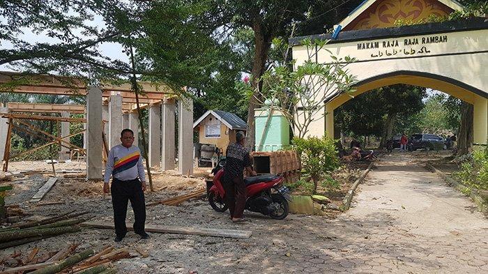 Empat Proyek di Makam Raja-raja Rambah di Rohul Riau Telan Anggraan Rp 1,3 Miliar