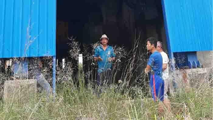 Meski Tak Ada Kehidupan, Pria Ini Rela Jaga Proyek PLTU Pemprov Riau yang Sudah Jadi Rongsokan