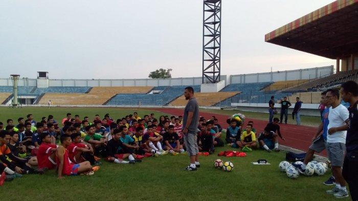 PSPS Riau Tunjuk Bona Simanjuntak Jadi Pelatih Sementara