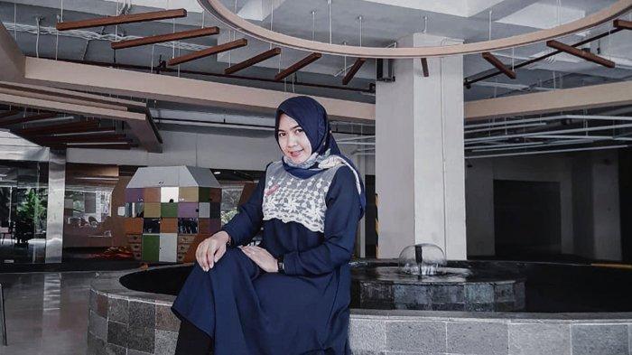 Puasa Ramadhan 2021 Menurut Sales Executive Fox Hotel Pekanbaru Aprianti Zariyani