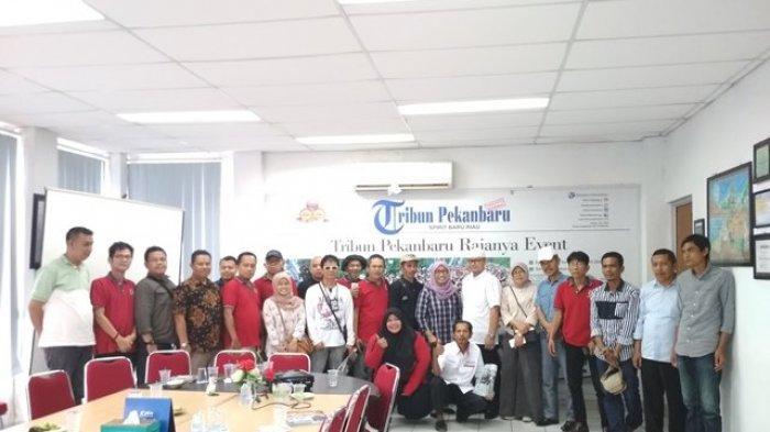 Jurnalis Asal Padangpanjang Sumatera Barat Sambangi Kantor Tribun Pekanbaru