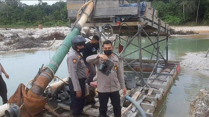 Beroperasi Malam Bak Hantu, Pelaku Menghilang, Rakit Tambang Emas Ilegal Disita Polisi di Kuansing