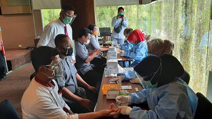 Demi Kenyamanan Tamu, Grand Zuri dan The Zuri Kota Dumai Riau Lakukan Rapid Test Massal