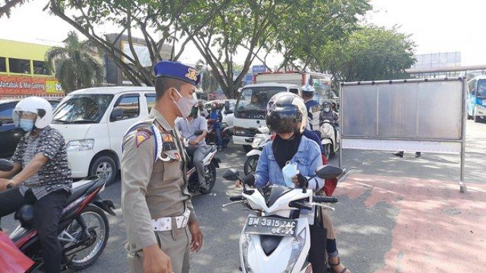 Razia Prokes di Pekanbaru, NIK Seorang Pelanggar Kena Blokir karena Melawan Petugas
