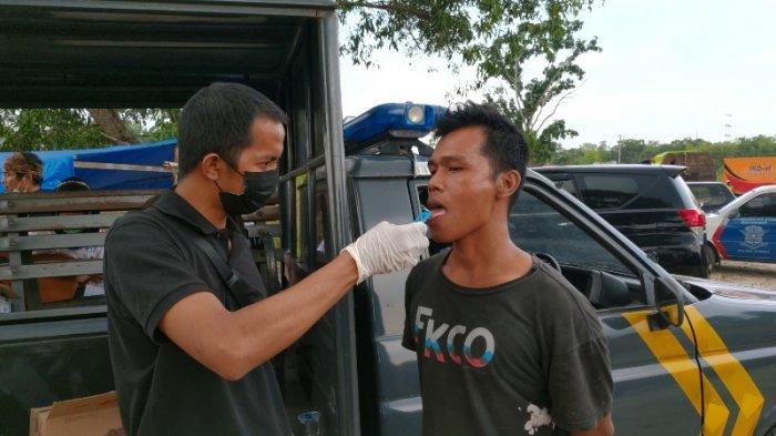 Dari Sabu Hingga Obat Kuat, Hasil Razia Sopir Angkutan di Pinggir Kota Pekanbaru