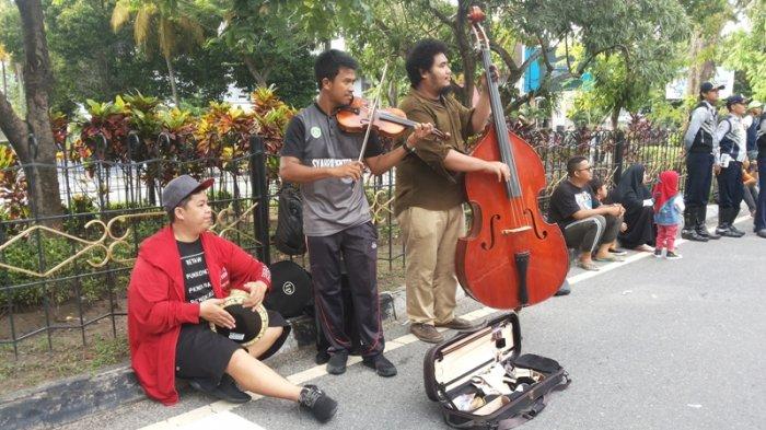 Riau Street Musician Perkenalkan Musik Lokal dan Nusantara pada Masyarakat
