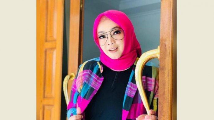 Pertemuan Terakhir Teddy Syach dengan Rina Gunawan, Video Call Saat di ICU Sebelum Meninggal