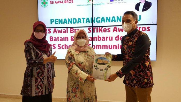 Tingkatkan Kemampuan Komunikasi, RS Awal Bros Grup MoU dengan CBS School Of Communications Jakarta