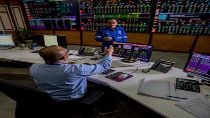 Ruang kendali (control room) di fasilitas Pembangkit dan Transmisi Listrik PT CPI