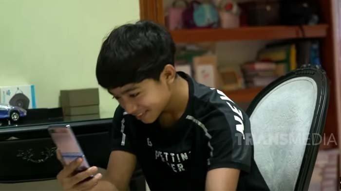 Ruben Onsu Syok Pergoki Video yang Ditonton Betrand Peto, Bermula saat Sarwendah Curiga Main HP