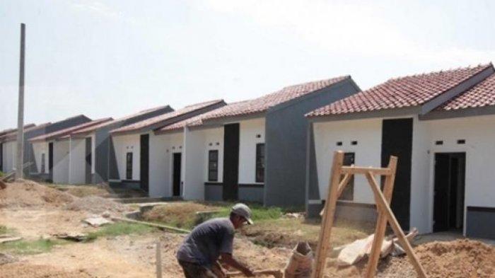 Warga Lima Puluh Bertanya Kepada Anggota DPRD Pekanbaru Program Rumah Layak Huni