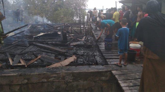 Kebakaran Habiskan Rumah Kayu yang Ditempati Muslim, Terbakar Hebat Saat Menjaring Ikan