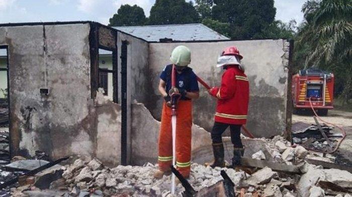 Hanya Sekejap,Rumah,Motor,Uang Rp 20 Juta Jadi Arang, Kebakaran di Kampar Belum Diketahui Asal Api