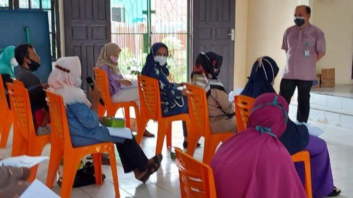 KJFD Farmakologi FK UNRI Edukasi Pemanfaatan Herbal di Kelurahan Pangkalan Kerinci Kota, Pelalawan