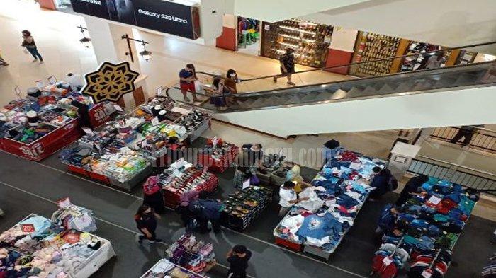 Sambut New Normal di Pekanbaru, Mal Perbanyak Informasi Protokol Kesehatan di Area Ramai Pengunjung