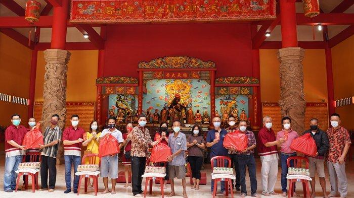Sambut Tahun Kerbau Logam, Panitia Bersama Baksos Imlek 2572 Tahun 2021 Salurkan 6.000 Paket Sembako