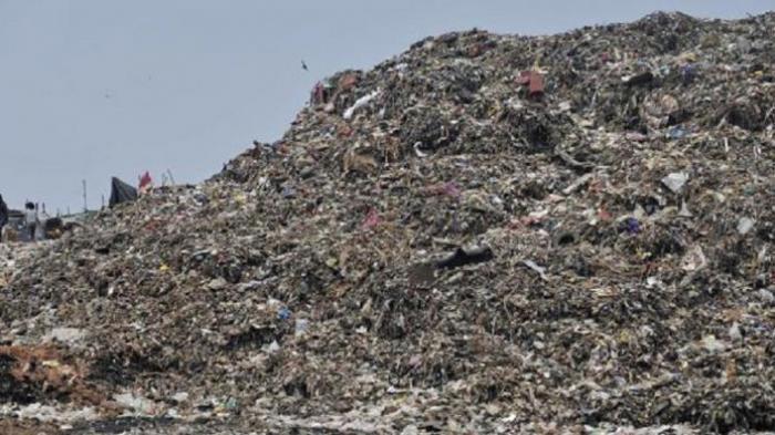 Mengerikan! Gunung Sampah di India Lampaui Tinggi Taj Mahal, Ini Bahaya yang Mengintai