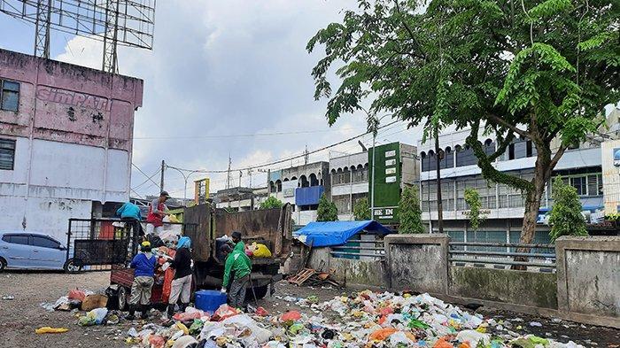 Pansus DPRD Pekanbaru Sahkan Ranperda Retribusi Sampah, DLHK Wajib Jalankan Rekomendasi