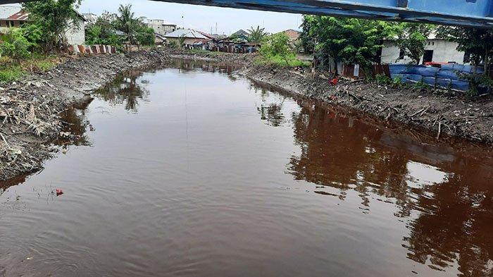 Sampah Plastik Penuhi Sungai saat Pemko Dumai Lakukan Normalisasi, Sudah Terealisasi 10 Km