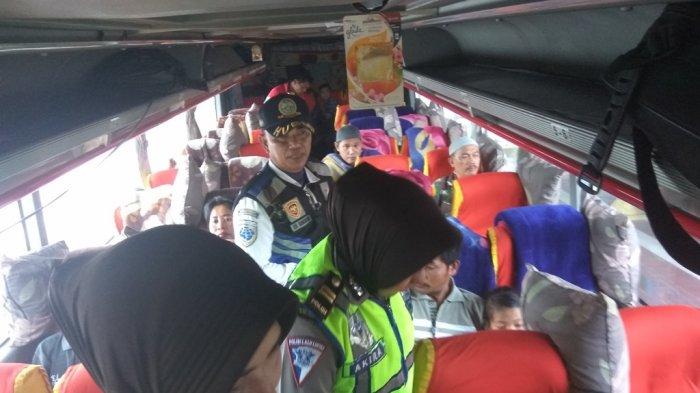Periksa Kondisi Kendaraan,Satlantas Sosialisasi Keselamatan Berlalu Lintas di Terminal BRPS