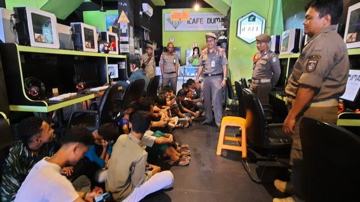 Belasan Remaja Terciduk Lagi Asyik di Warnet Saat PPKM Level 4 di Kota Pekanbaru