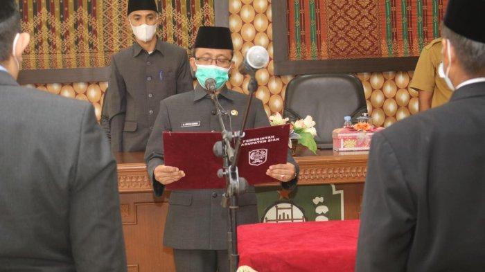 Sekda Siak Arfan Usman Lantik Dua Pejabat Pengawas di Lingkungan Pemkab Siak