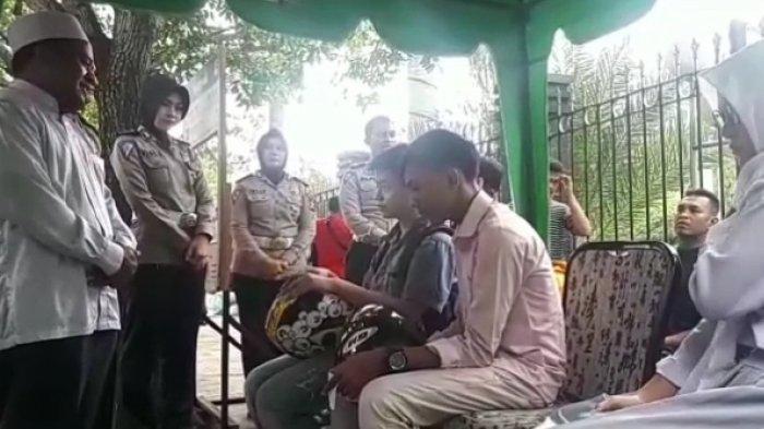 Selain Ditilang, Para Pelanggar Lalu Lintas di Pekanbaru Juga 'Diceramahi' Ustaz