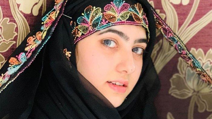 Selebgram Cantik Asal Pakistan Rushna Noor, Cantiknya Bikin Tak Berkedip, Ini Akun Instagramnya