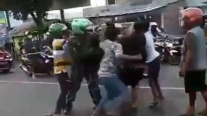 Berhenti Sebentar di Depan Kedai Kopi, Tiba-tiba Anggota TNI Dikeroyok 5 Orang Bertopeng