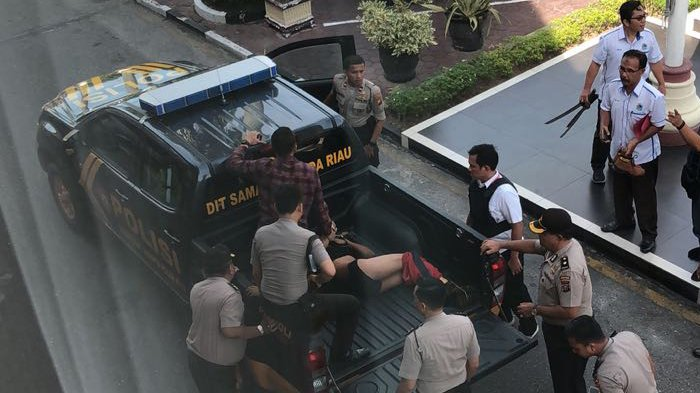 3 Jenazah Terduga Teroris Penyerang Mapolda Riau Dimakamkan, Begini Sikap Masyarakat