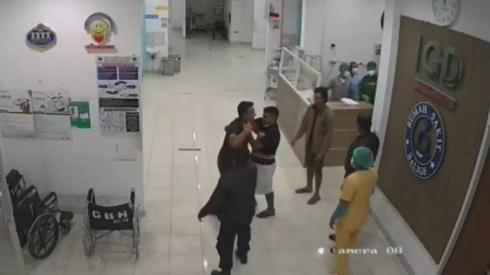 Setelah terjadinya perusakan dan penganiayaan di ruang Instalasi Gawat Darurat (IGD) Rumah Sakit HKBP Balige pada Sabtu (9/10/2021), pihak rumah sakit sampaikan laporan ke Polsek Balige.