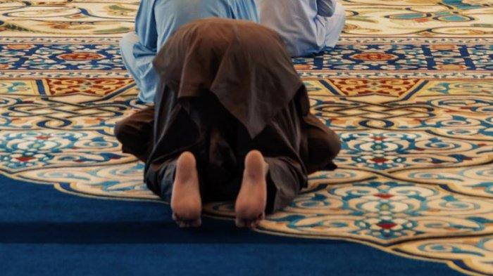sholat-di-masjid.jpg
