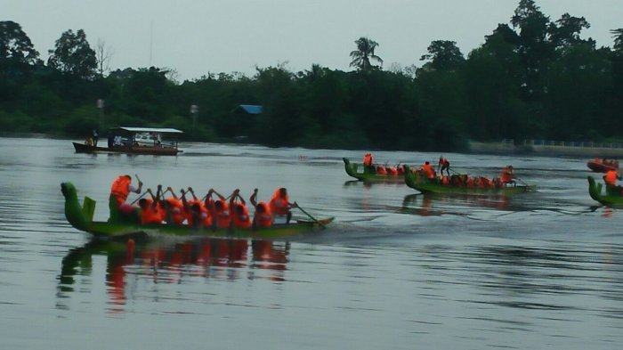 BREAKING NEWS : Siak International Serindit Boat Race 2019 di Riau Diikuti 45 Tim, Event Wisata Siak