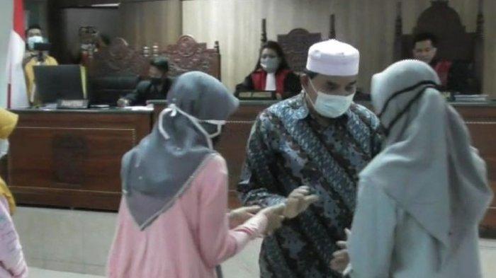 UPDATE Sidang Kasus 4 Ibu Ditangkap karena Lempar Atap Pabrik Tembakau, Ini Kata Pemilik Pabrik