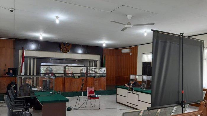 Mantan Pejabat Dituntut 7 Tahun 6 Bulan, Denda Rp 300 Juta,Sidang Korupsi Belanja BBM di Pelalawan