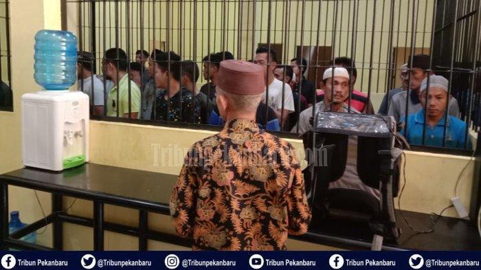 Siraman Rohani di Balik Jeruji Besi, Polres Kampar Undang Ustadz untuk Beri Tausiah kepada Tahanan