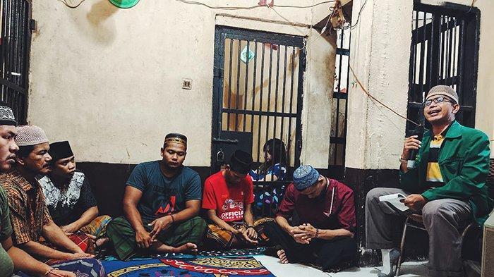 Sel Didatangi Ustadz, Tahanan Polres Inhil Riau Serius Dengarkan Siraman Rohani