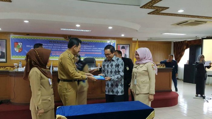 DPK Taja Sosialisasi Penggunaan Data Berbasis IT di Aula Pemko Pekanbaru