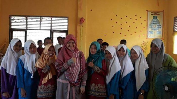 Sosialisasi Bahya Rokok bagi Perokok Aktif dan Perokok Pasif di SMK YABRI Pekanbaru
