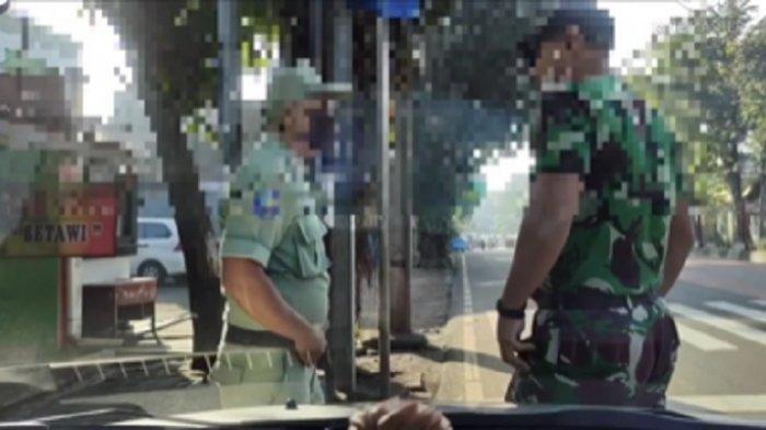 sosok Anggota TNI berpangkat Sersan Kepala (Serka) ini sering menuai pujian dari warganet karena aksinya di jalanan.  Anggota TNI AU, Petrus menjadi viral di media sosial Instagram karena raji berbagi di jalanan.
