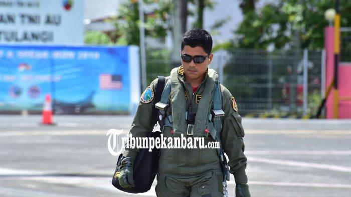 SOSOK Pilot F16 yang Paksa Turun Pesawat Asing Ethiopian Air di Bandara Hang Nadim Batam
