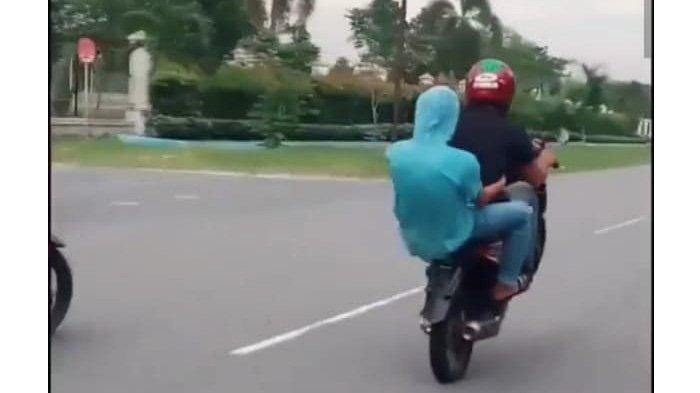 Santuy Standing Motor Depan Polisi di Pekanbaru, Begini Nasib 3 Remaja yang Videonya Viral di Medsos