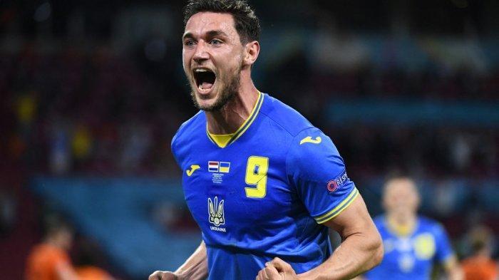 Liga Italia: AC Milan Bidik Dua Striker Muda Eropa, Tandem Olivier Giroud Musim Depan