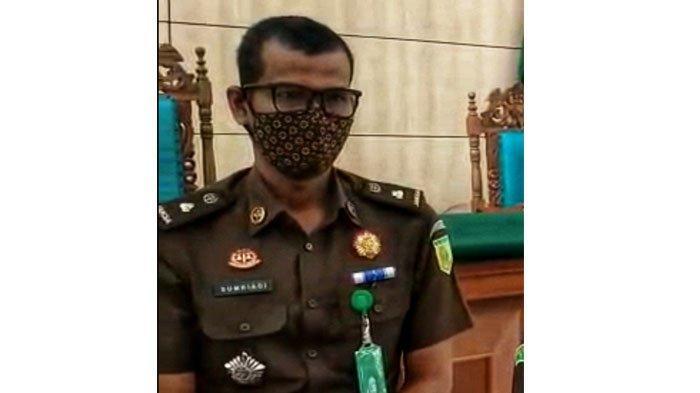 Kepala Seksi Intelijen Kejaksaan Negeri Pelalawan, Sumriadi SH MH.