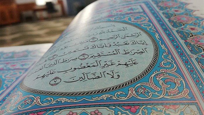 Bacaan Ayat Kursi Tulisan Latin dan Arab, Download Ayat Kursi Al Quran Surat Al Baqarah 255