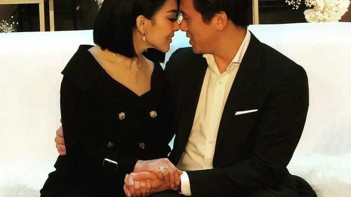 TIPU Reino Barack dengan Coba Romantis di Atas Ranjang, Ternyata Hanya Untuk Ini, Modus Syahrini?