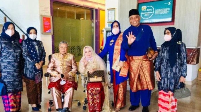 Terapkan Prokes Ketat, Syamsurizal Hadiri Ngunduh Mantu Putrinya Dengan Anak Walikota Pontianak