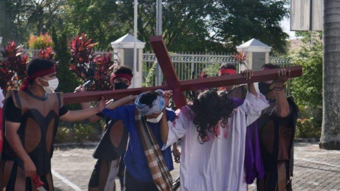 Digelar Terbatas & Disiarkan Live, Gereja Santo Paulus Pekanbaru Tayangkan Tablo Sengsara Yesus
